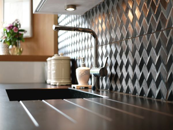 Carreaux Chevrons Pietro Seminelli X Normandy Ceramics, col. Canon de Fusil
